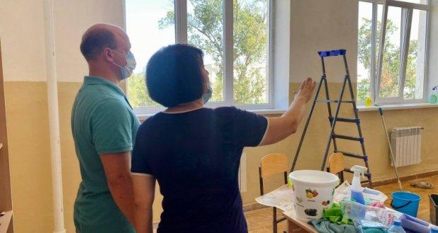 В севастопольском посёлке Кача завершают ремонт кабинетов