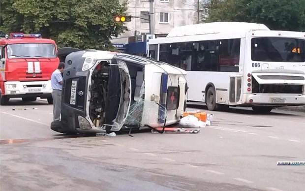 В Керчи в ДТП попала «Скорая помощь» - четверо пострадавших