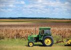 Госкомрегистр РК: на фермерских сельхозземлях разрешат строить жилые дома