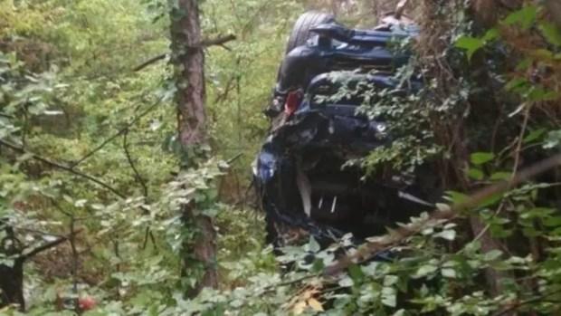 Происшествие в горах над южнобережным Форосом: в пропасть сорвалась машина с людьми
