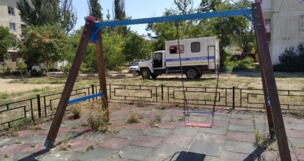 Эксперты ОНФ призвали провести гарантийный ремонт установленных детских площадок в Крыму
