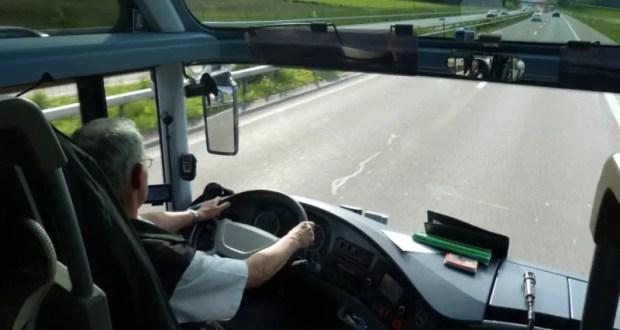 По России на автобусах туристы тоже путешествовали: самые популярные направления этого лета