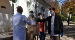Севастополь первым присоединился ко Всероссийской акции «Маленькие радости для врачей»