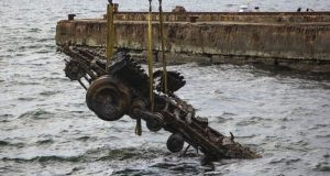 Со дна Черного моря поднят трехтонный автомобиль времён Великой Отечественной войны