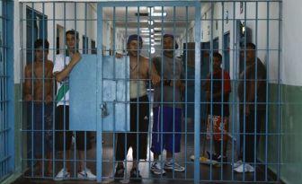 Cárceles superpobladas en Buenos Aires.