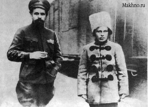 Махно Н.И. и Дыбенко П.Е. Фото. 1919