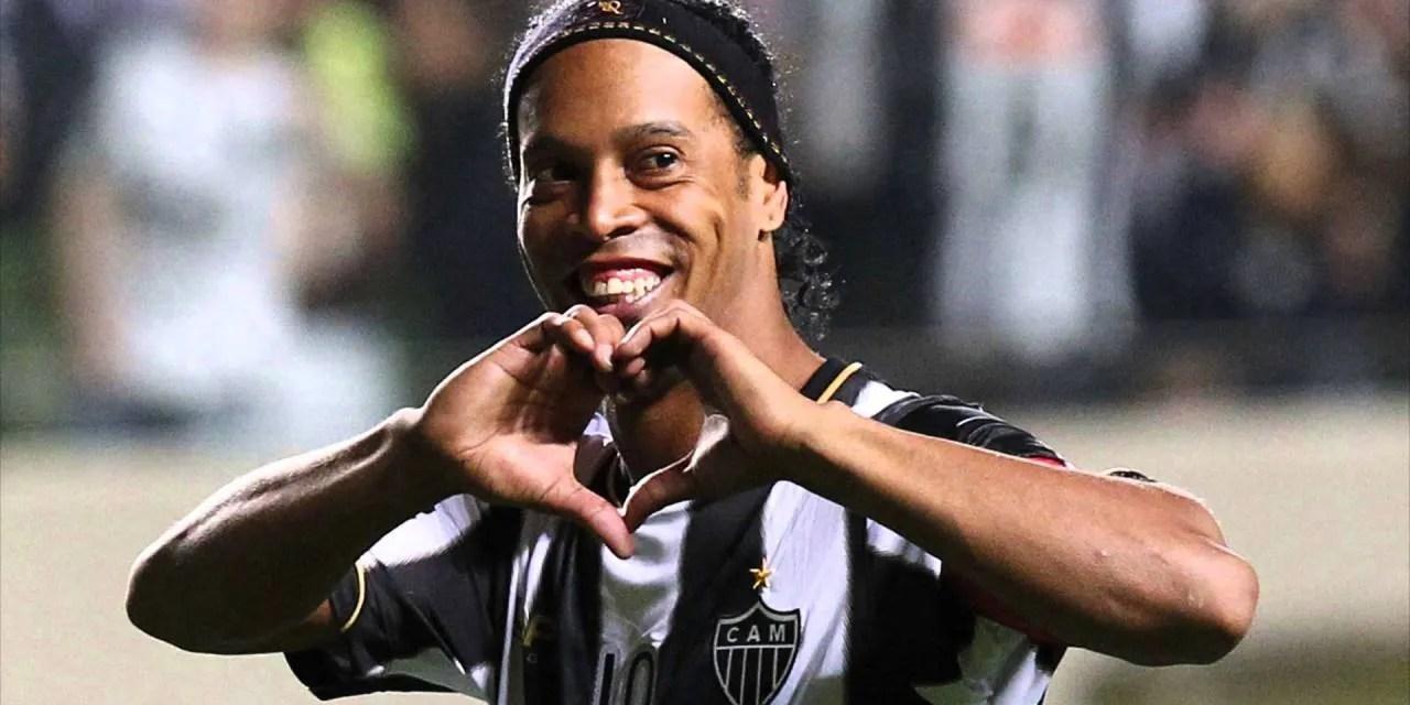 Blockchain chega ao campo de futebol com Ronaldinho e Roberto Carlos