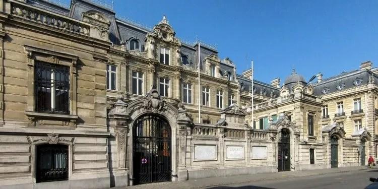 França cria um grupo de trabalho sobre criptomoedas em resposta a Libra