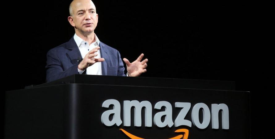 Jeffrey Preston Bezos Es Un Empresario Estadounidense Es El Fundador Y Director Ejecutivo De Amazon En  Fue El Quinto Hombre Mas Rico Del Mundo