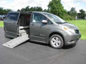 Toyota Sienna with Braun side-deploying power ramp