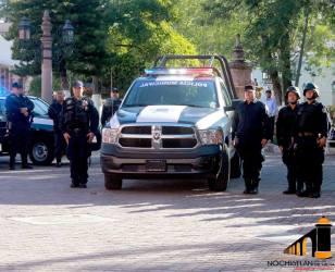 Lunes Cívico y entrega de patrulla nueva