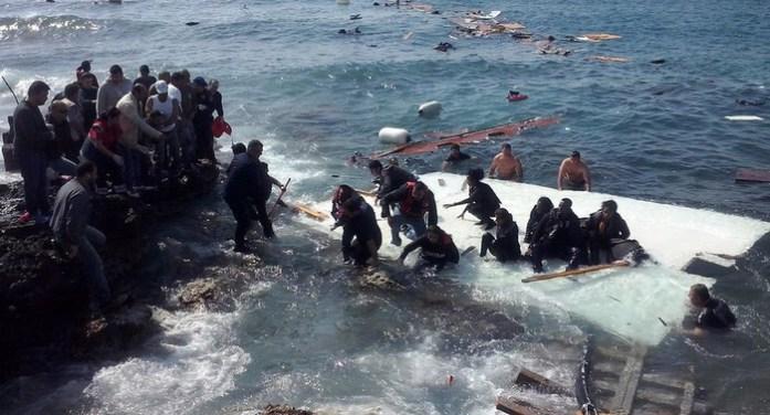 Ο Ερντογάν ανοίγει την κάνουλα των προσφυγικών ροών στο Αιγαίο