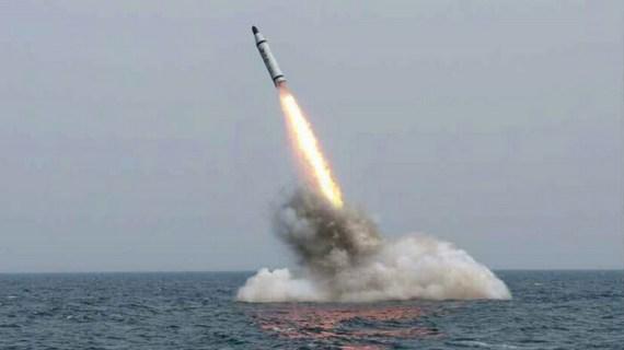 Η Βόρειος Κορέα εκτόξευσε βαλλιστικό πύραυλο