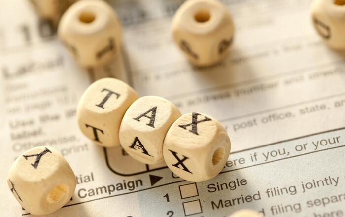 Αντιπαράθεση για τη φορολόγηση της διαφήμισης και στις ΗΠΑ