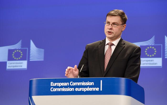 Ντομπρόβσκις αδειάζει Ντάισελμπλουμ στο ΕΚ: Προλαβαίνουμε έως 20/2