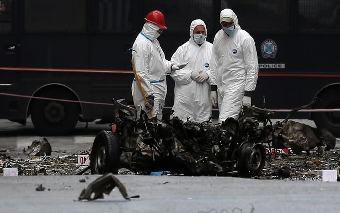 Δεύτερη παρτίδα τρόμου με 8 φακέλους-βόμβες