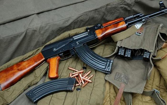 Την «Επαναστατική Αυτοάμυνα» δείχνει το όπλο της επίθεσης στο ΠΑΣΟΚ