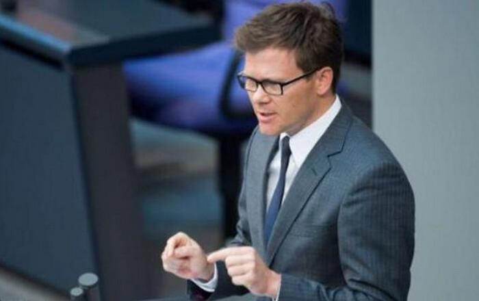 Γερμανία: SPD και Σόιμπλε λένε ΟΚ για υποβάθμιση του ΔΝΤ στην Ελλάδα