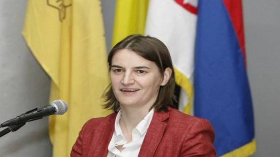 Σερβία: Γυναίκα, λεσβία και εκτός κόμματος η νέα πρωθυπουργός