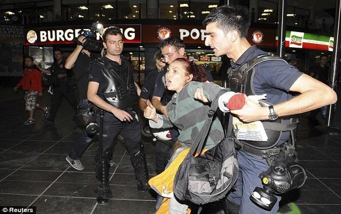 Τουρκία: 34 σε ισόβια για απόπειρα δολοφονίας του Ερντογάν