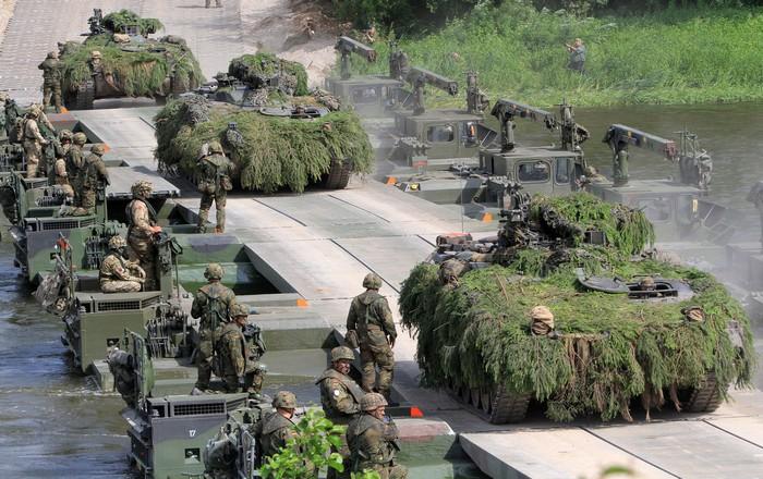 Έτοιμη η Πολυεθνική Ταξιαρχία του NATO στη Βαλτική
