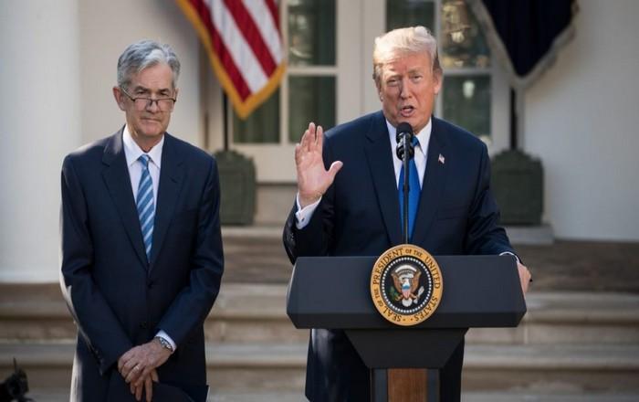 """Ο νέος πρόεδρος της Fed έχει """"χημεία"""" με τον Τραμπ, αλλά δεν είναι οικονομολόγος"""