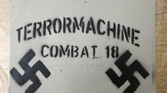 Συλλήψεις 11 μελών της Combat 18 για όπλα και εκρηκτικά