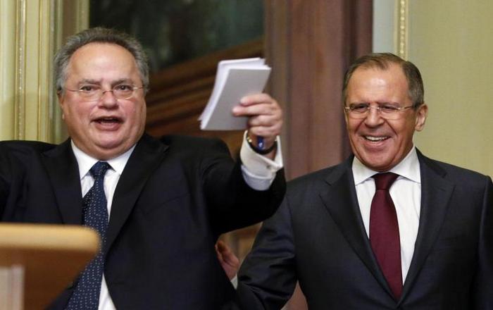 Ο Κοτζιάς συναντά Λαβρόφ, προετοιμάζουν σύνοδο Πούτιν-Τσίπρα