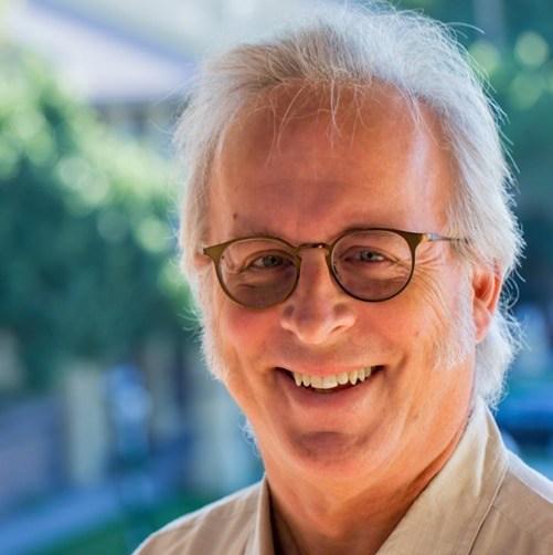 Kenneth Thompson, MD