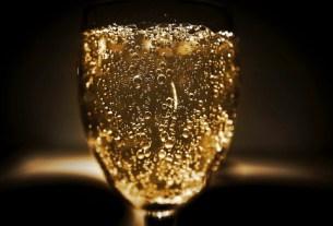 урожая винограда, дефицит шампанского, пандемия