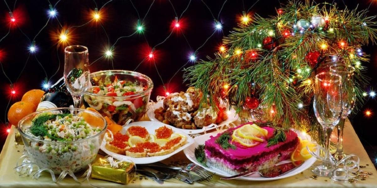 новогодний стол, экономия, курица, цены, оливье