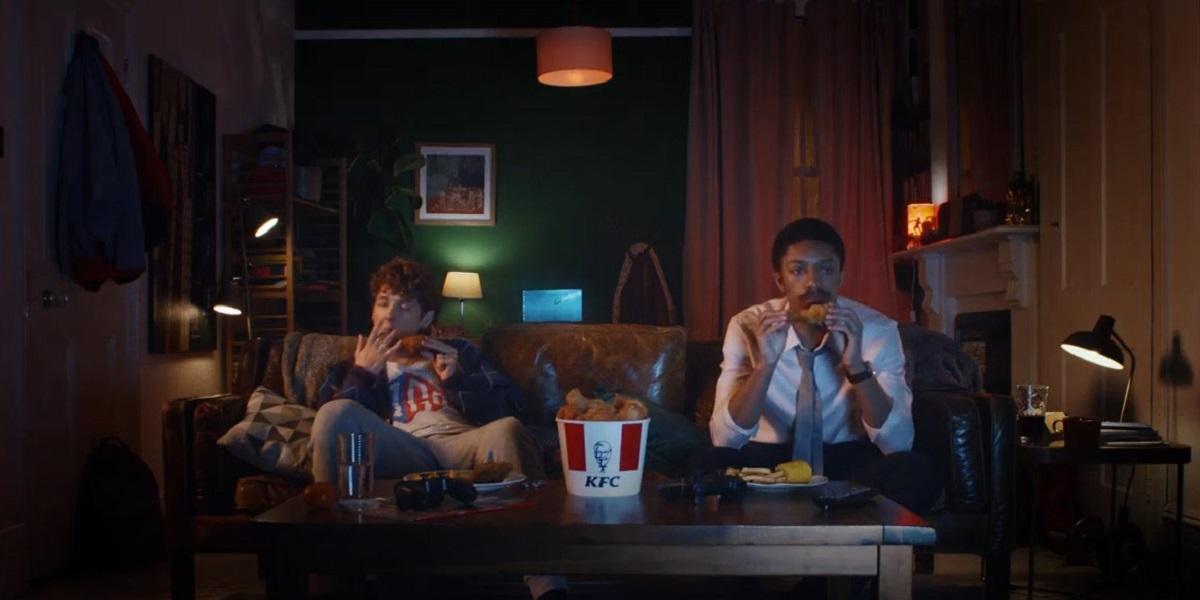 KFC, «Finger Lickin' Good», «Так вкусно, что пальчики оближешь», реклама, Великобритания