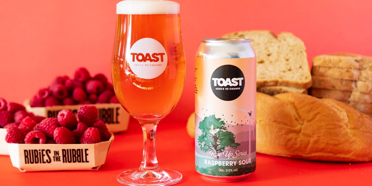 Raspberry Sour, пиво из отходов, Toast Ale, пиво из вялой малины и несъеденного хлеба, Великобритания