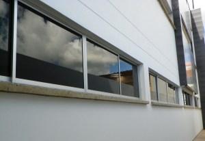 Ventaneria, sistemas acústicos, basculantes, correderas, batientes, ventanas diseños especiales, aluminio, cristal monolítico, crudo, de seguridad, laminado, templado, ventanas en aluminio