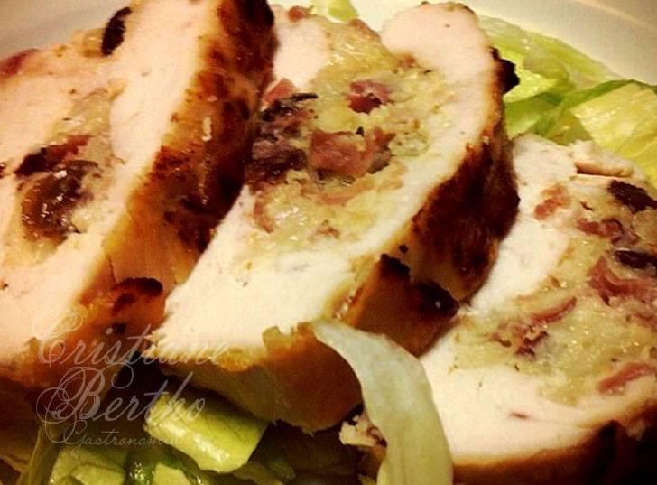 Peito de frango recehado
