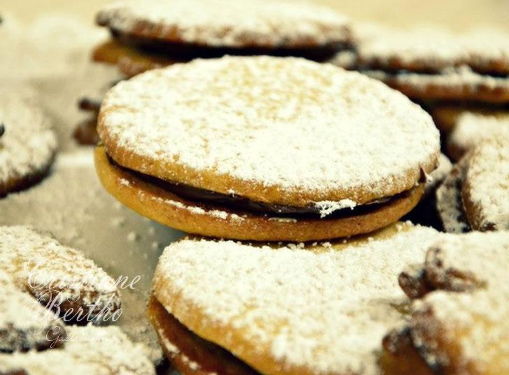 receita de Biscoitos Amanteigados Recheados