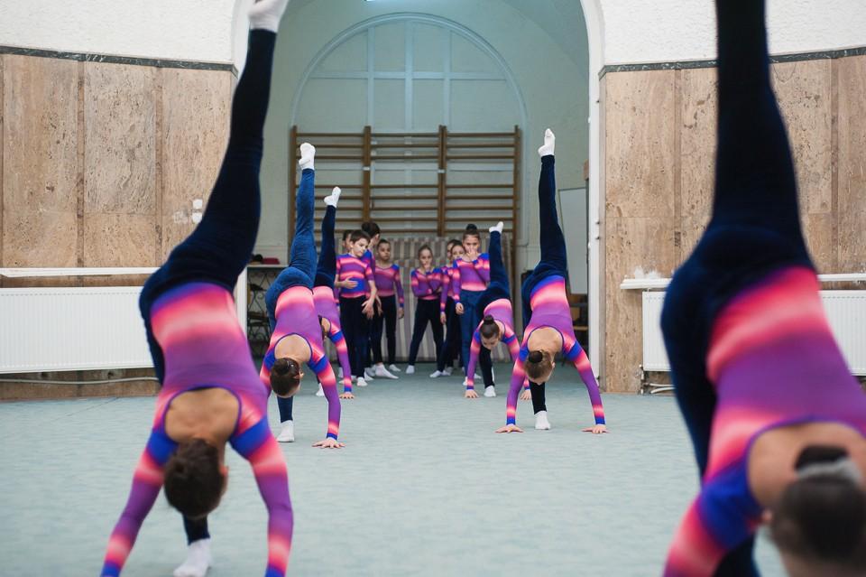antrenament junioare gimnastica 24