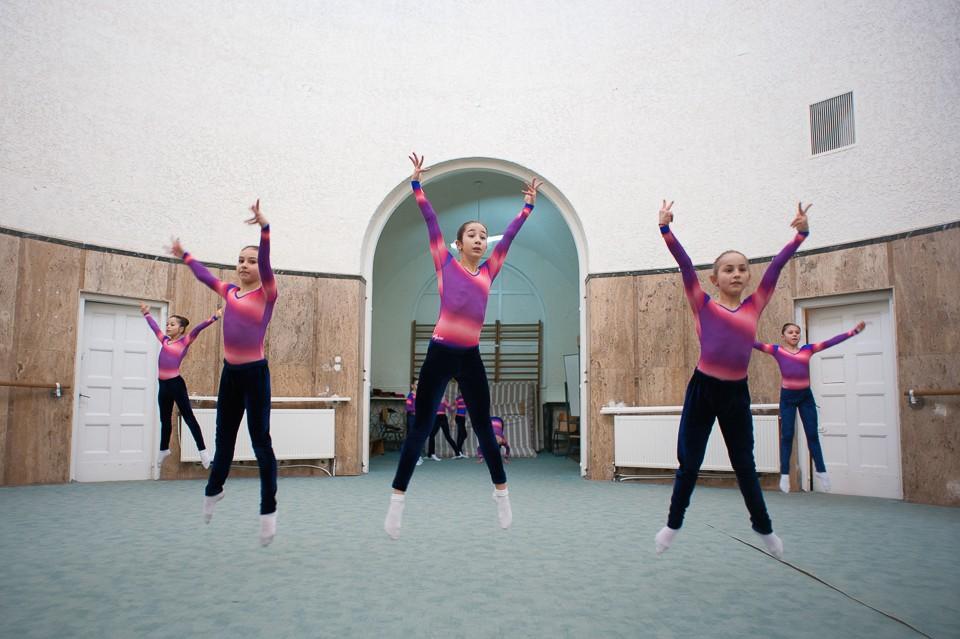 antrenament junioare gimnastica 36