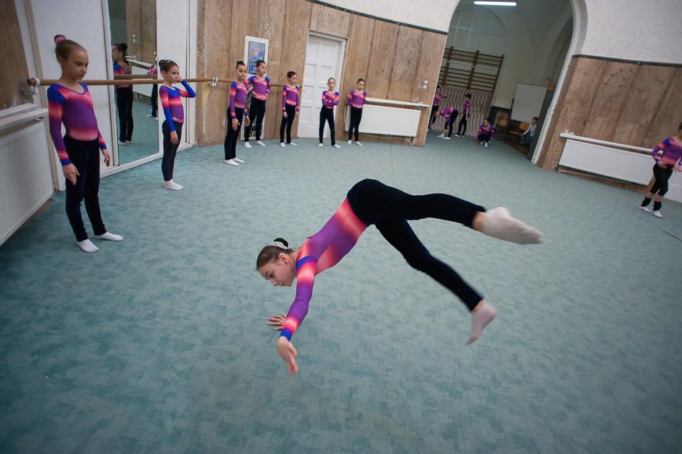 antrenament junioare gimnastica 38