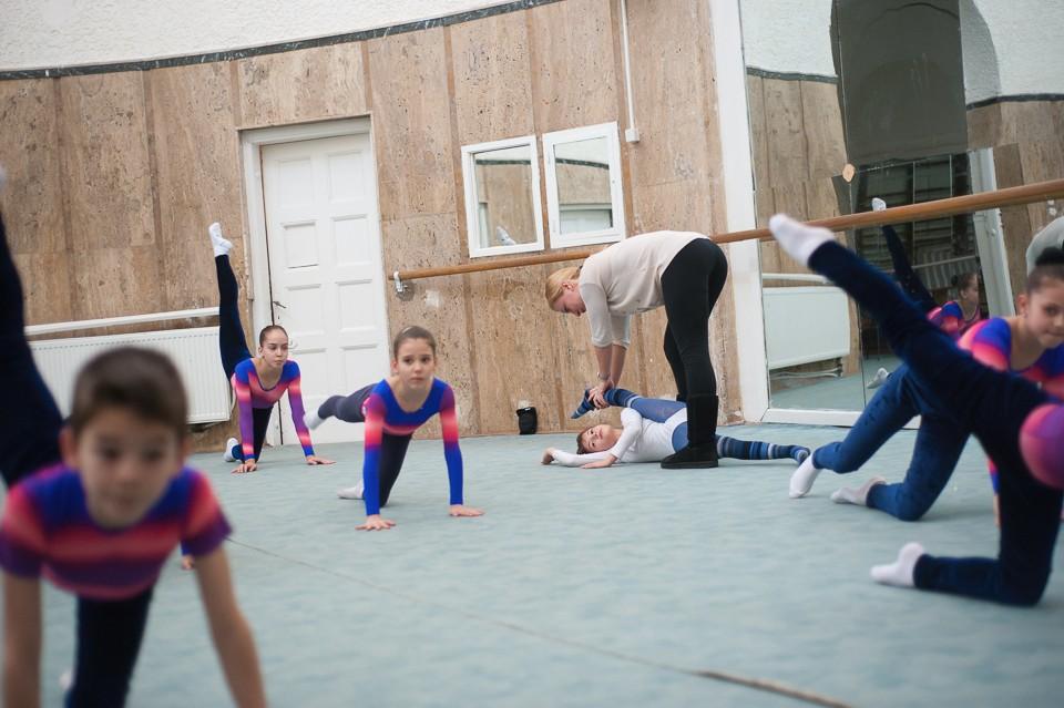 antrenament junioare gimnastica 7