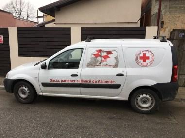 banca de alimente - sanofi - crucea rosie