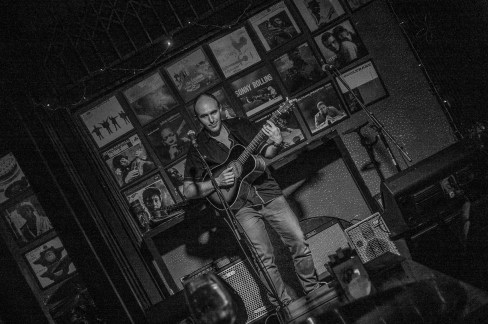 live-in-singapore-2016-at-barbershop-by-timbre-sg-6
