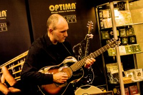 namm2017-day1-performance-at-optima-strings-8