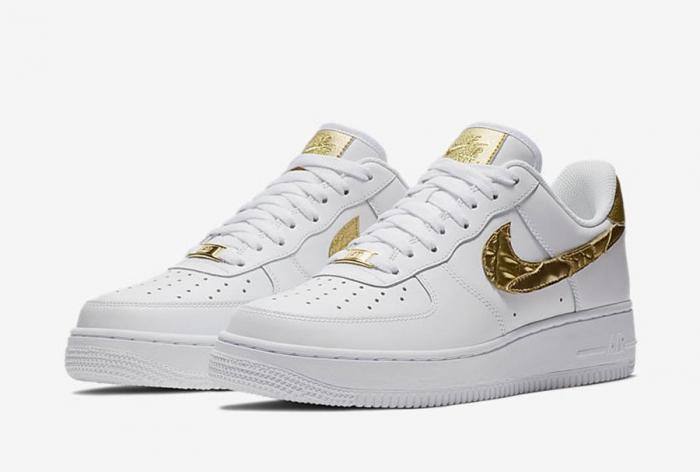 8400abf47cb1 Cristiano Ronaldo: The Nike Air Force 1 CR7 Golden Patchwork returns on  January 11th!