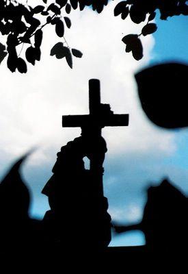 Católicos no permitieron que una mujer evangélica fuera sepultada en el panteón local