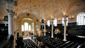 """Lanzan primera """"Iglesia"""" para los ateos en el Reino Unido"""
