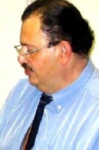 Dr. Carlos Abarca Barrastes