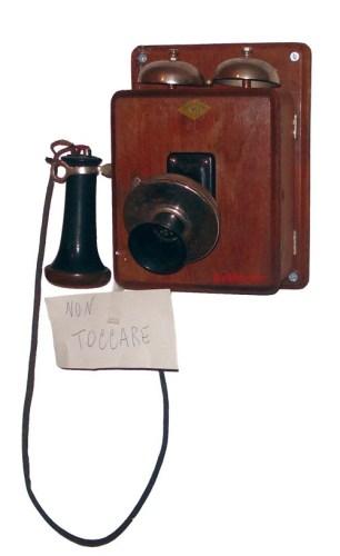 Il telefono di bachelite di Maria Teresa Badioli