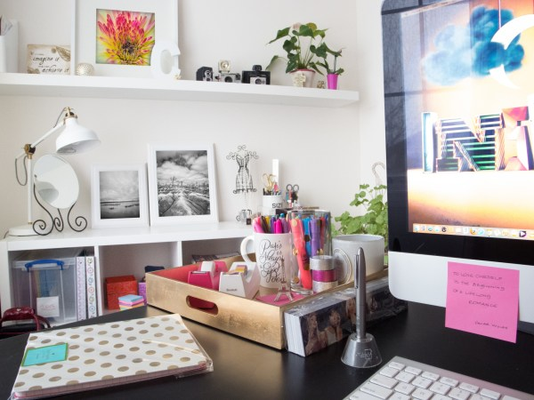 2014_cristinaarce_cristinaphotography_chic_office_bright_clean_photography_studio