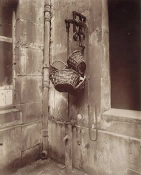 cristinaarce_biography_master_photographer_atget09